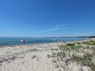 Beach Point Beachfront-400FT thru Dunes-Only 2 Miles to Town! Spacious 2 Bedroom