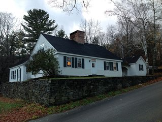 Historic Farm House With Mountain Views Near Woodstock And Killington