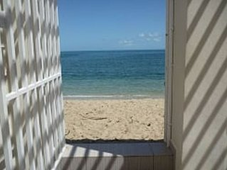 Beautiful Beach Front. 2BD House