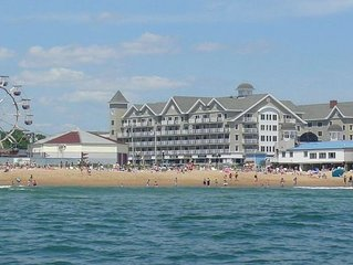 Beautiful 3 bedroom / 2 bath Oceanview Vacation Condo in Old Orchard Beach, ME