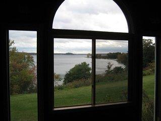 Historic Moon's Lakehouse on Saratoga Lake, prime location