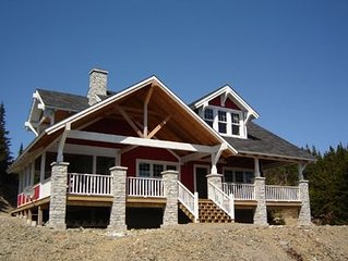 Hogarth House - Luxury Vacation Home in Trinity East, Trinity Bay, NL