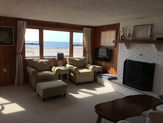 Oceanfront, Amazing views, Clean, Updated, Cozy and Great Location
