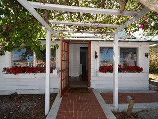 PEACE Cottage in the heart of downtown Stuart, Fl.