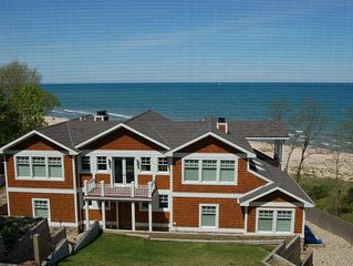 7500 sq.ft. Beachfront Home in Union Pier Sleeps 12