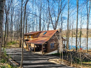 Gorgeous Hocking Hills Lake Front Cabin Right On Lake Logan - Near All The Sites