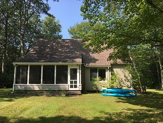 Berkshire 4Br Cape Cottage by the Lake