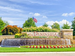 Beautiful 2 bedroom , condo! Year-round  Country Club setting!