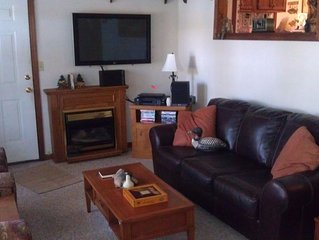 Fishing & Vacation Getaway/Perfect stay for State Fair getaway