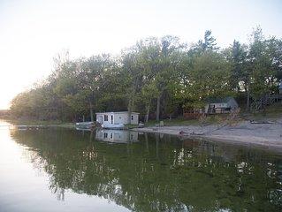 Lakeside Retreat (Cabin 5)