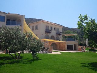 Family Friendly Villa, 8-10 Guests, Private Pool, Spa, Sea View