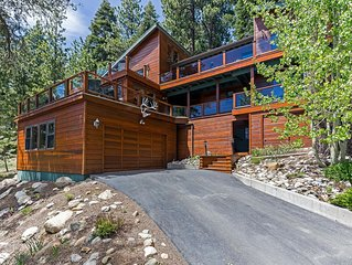 RARE North Tahoe Estate | You'll ♥ the Lake View/Hot Tub/Beds | Incline Village