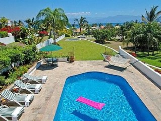 Casa Parota at La Puntilla with Private Pool - 3+ bedrooms + 3 bathroom