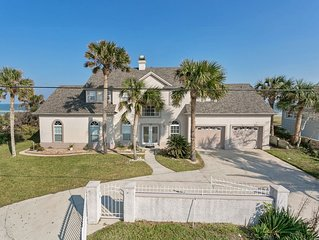 Great beach house, room for 10, ping pong table, sun room, easy access to beach!