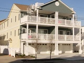 Beautiful Beachblock Condo 75 feet from Boardwalk and Beach. Book now for 2020!
