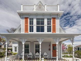Beautifully Renovated Historic Whaling Captain's Home