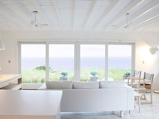 Ultimate  beach getaway: secluded beach, spectacular views, stylishly renovated