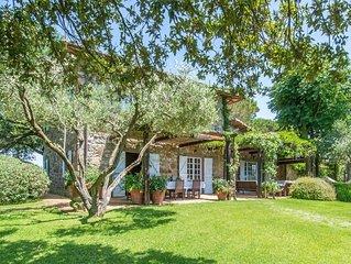 Villa settecentesca a Capalbio, con piscina e parco, a 10/15 minuti dal mare