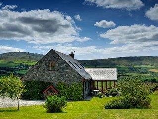 Luxury Cottage Style Stone House in Beautiful Location on Mizen Head Peninsula