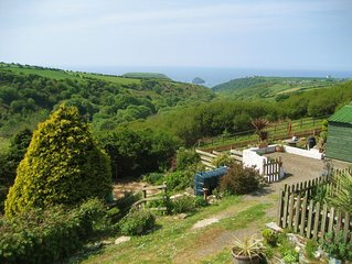 Comfy North Cornwall home with stunning views down rural valley and out to sea