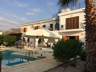 Expansive 4 bedroom villa with fabulous views, large pool and gardens