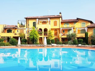 Beautiful Spacious Apartment In Private Residence, Swimming Pools, by the lake