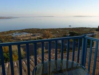 Fisherman's view: An idyllic retreat for a couple, facing a stunning lake