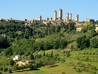 Romantic cottage stunning views over San Gimignano Ideal for couples & families