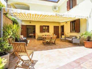 Alghero, Villa padronale, con veranda coperta giardino 4 camere, per 10  persone