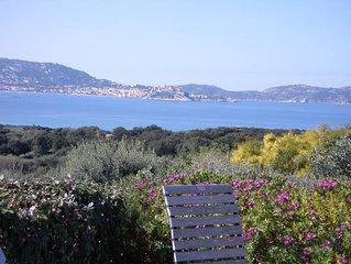 Belle villa avec piscine vue mer et montagne