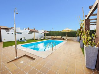 LUXURY family Villa Delicious Golf, 300M from the beach in Caleta de Fuste *****