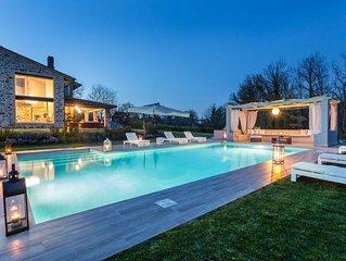 VILLA OTTO Luxury Tuscan Farmhouse with Private Pool close to Lucca Pisa Pistoia