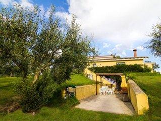 Arborea: Grazioso alloggio in magnifica villa di campagna, vicino al mare