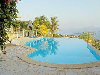 Magnifique  villa, piscine ,wifi et climatisation dominant la mer des Caraibe