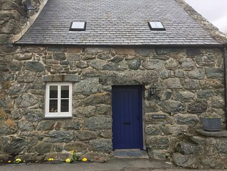 Hen Stabl - A charming 18th century stone character stables conversion