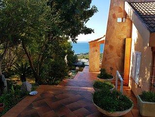 Sardegna,Villa con giardino vista mare,Quartu Sant' Elena,loc. Salmagi-Cagliari