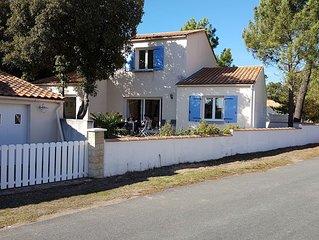 Vrijstaande villa in La Tranche sur Mer (Le Phare) 390 meter van strand en bos