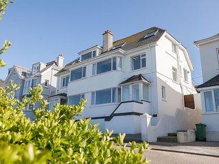 House overlooking Porthmeor Beach sleeps 8 with parking for 2 cars