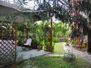 Tortoli: Appartamento  con giardino indipendente