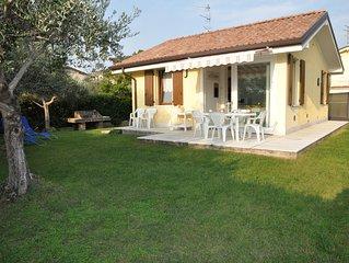 Villetta Gelsomino, in Bardolino Calmasino villetta in residence con piscine.