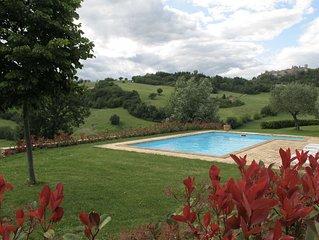 Beautiful Italian Villa, Private Pool, Mountain Views.
