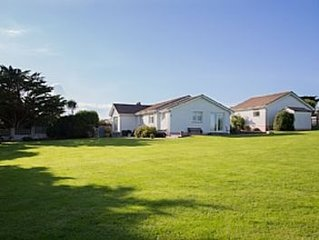 Spacious Accommodation And Lovely Garden With Rural Outlook