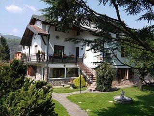 Villa Raggio di Sole è una  villa a Porto Ceresio in  Italia sul lago di Lugano