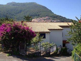 Appartamento in Villa con Giardino tra Mare e Centro Storico