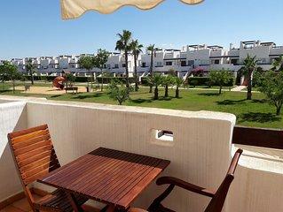 Luxury Apartment in Condado de Alhama with solarium, A/C, WIFI, pool & garden.