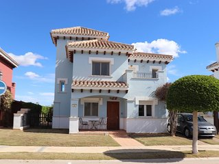 Fabulous Detached Villa With Private Heated Pool and Open views to Front & Rear
