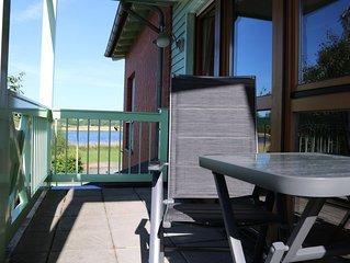 Helle, komfortable Ferienwohnung  mit Südbalkon, Morgensonne und Seeblick
