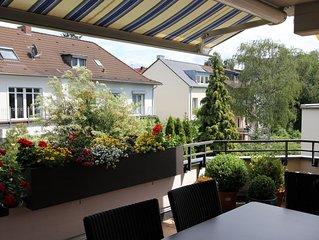 Top Wohnung im Univiertel, zentrumsnah, 2 Schlafzimmer, Balkon, Privatparkplatz