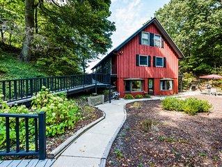(2020 Calendar OPEN!)  Bridgman Lakeside Home with Stunning Views!!