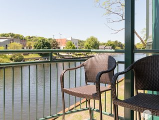 Luxurious Downtown Condo along the Manistee River!